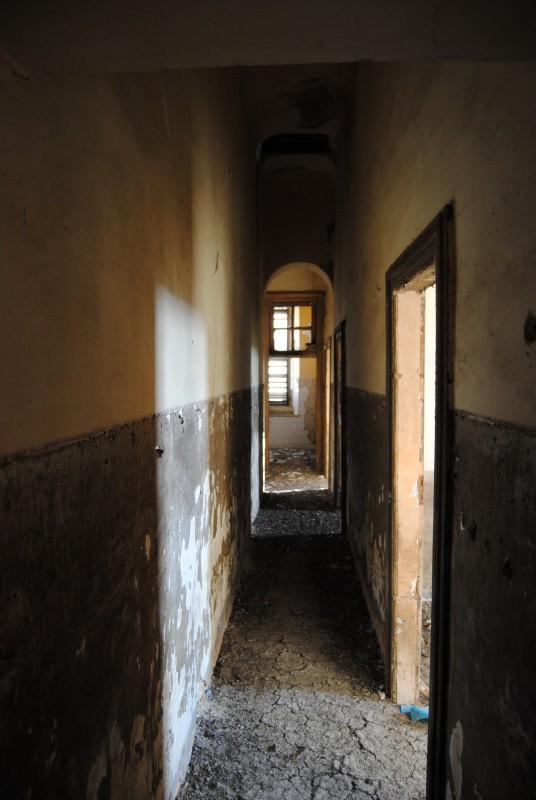 Stazione di Magazzolo - corridoio alloggi